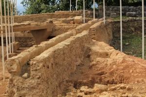 Etruscan ruins, under the Roman ruins